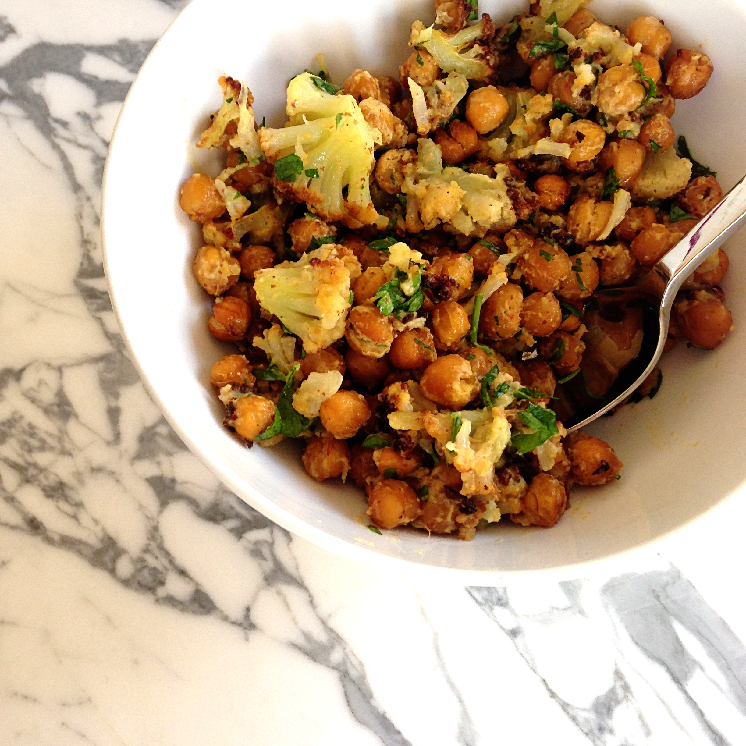 Eat This: Roasted Cauliflower and Chick Peas | whoorl | Bloglovin'